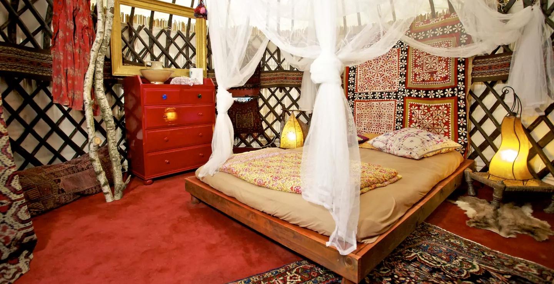 Original Old Afghani Yurt–Cool (Airbnb)