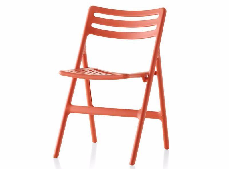 Air folding chair / Design House