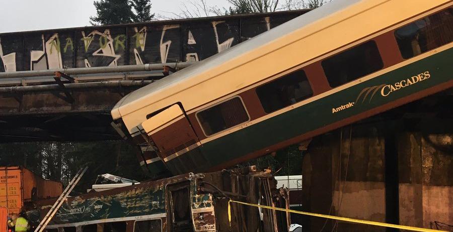 'Multiple fatalities' now confirmed in Amtrak Cascades train derailment