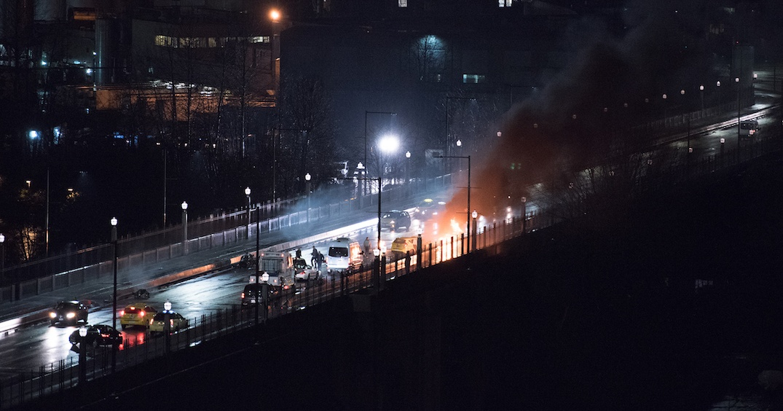 1 dead, 2 more in hospital after late night Burrard Bridge crash