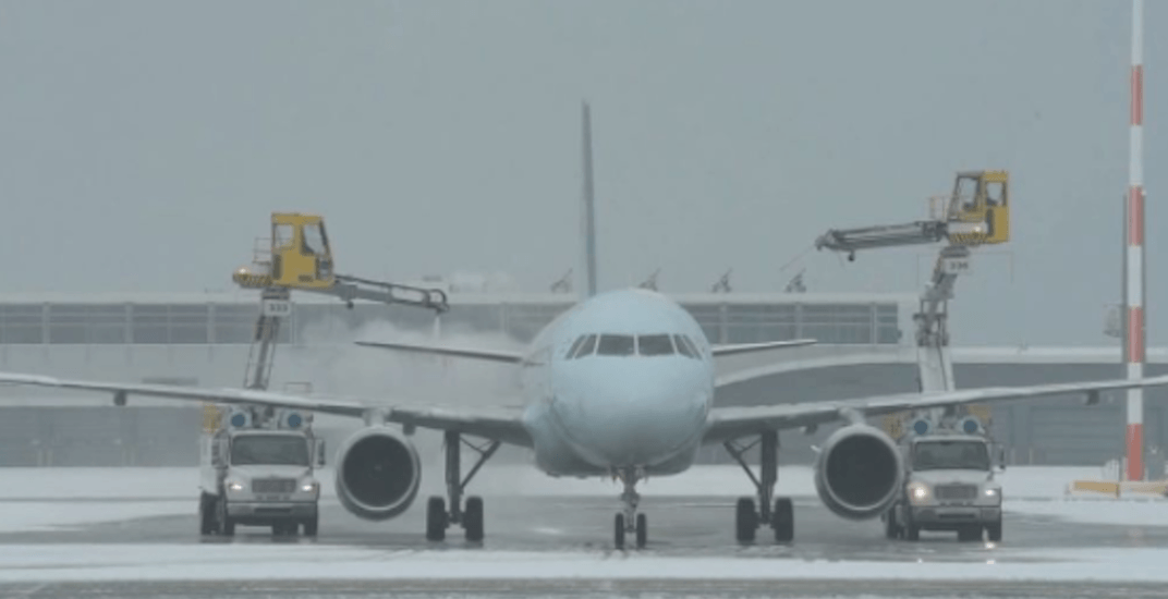 Heavy snow results in delays, cancelled flights at YVR on Tuesday