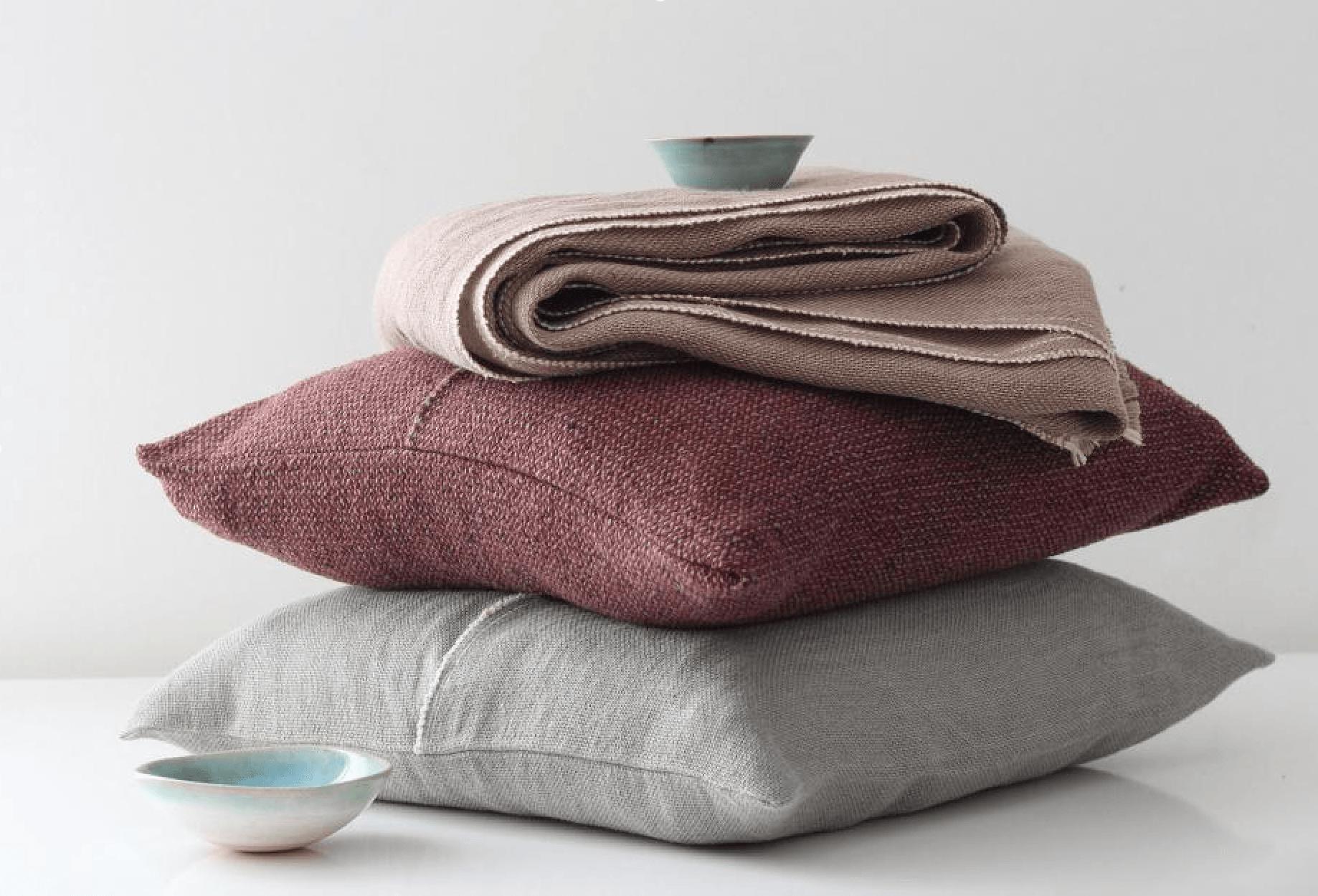 Earth Cushions / Teixidors