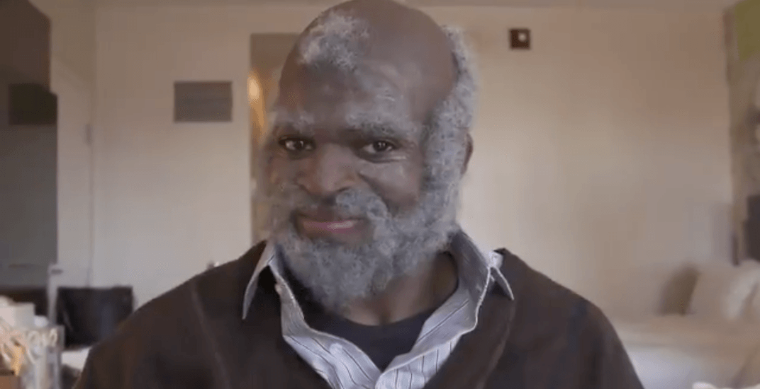 PK Subban dresses up as old man to perform random acts of kindness (VIDEO)