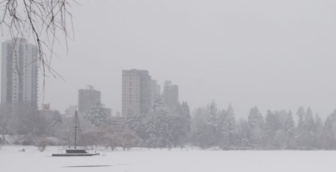 White Christmas: Snowfall advisory issued for Metro Vancouver