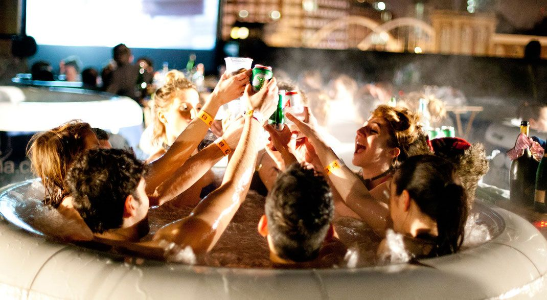 Hot tub movie nights are totally a thing and they're coming to Toronto