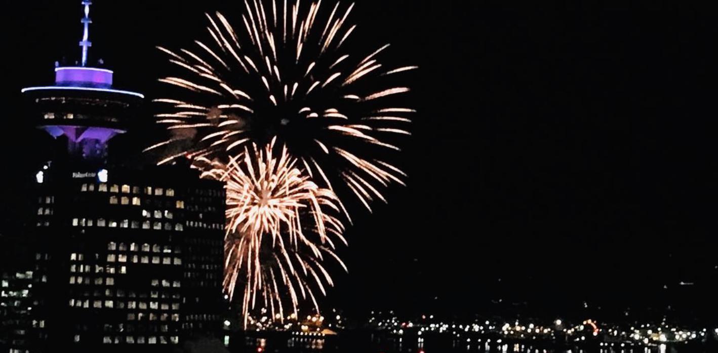 Surprise fireworks light up Vancouver skies (PHOTOS, VIDEOS)