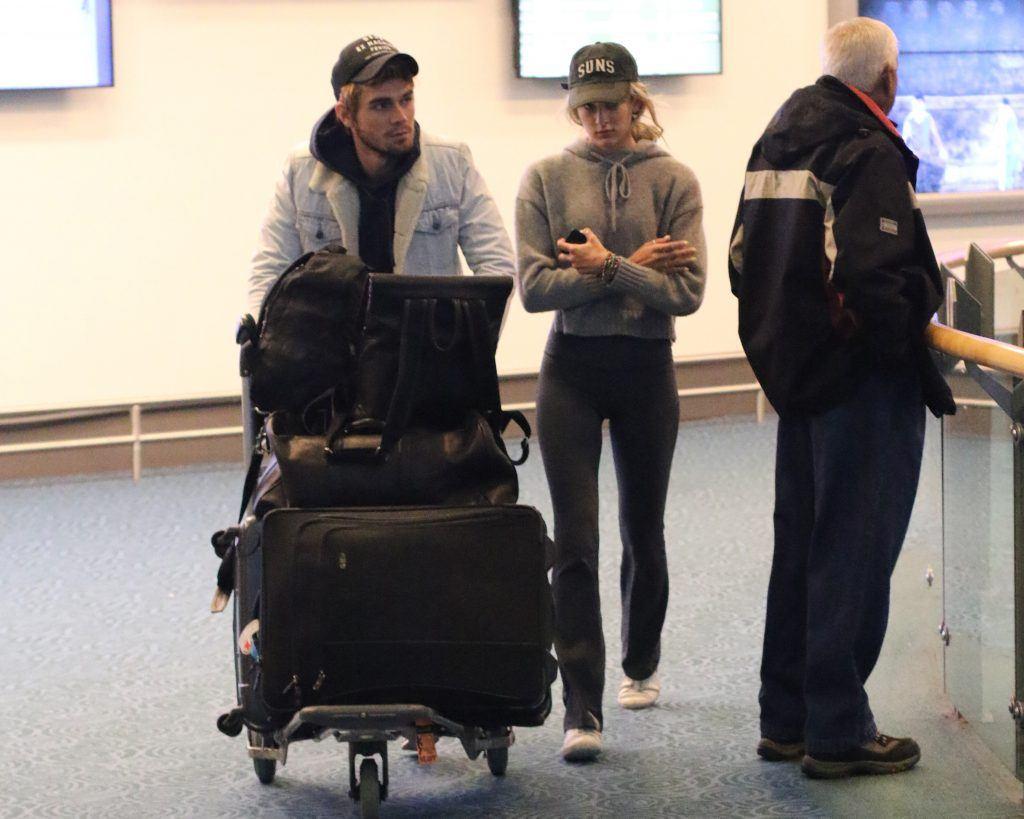 Spotted Kj Apa Arrives Back In Vancouver To Film