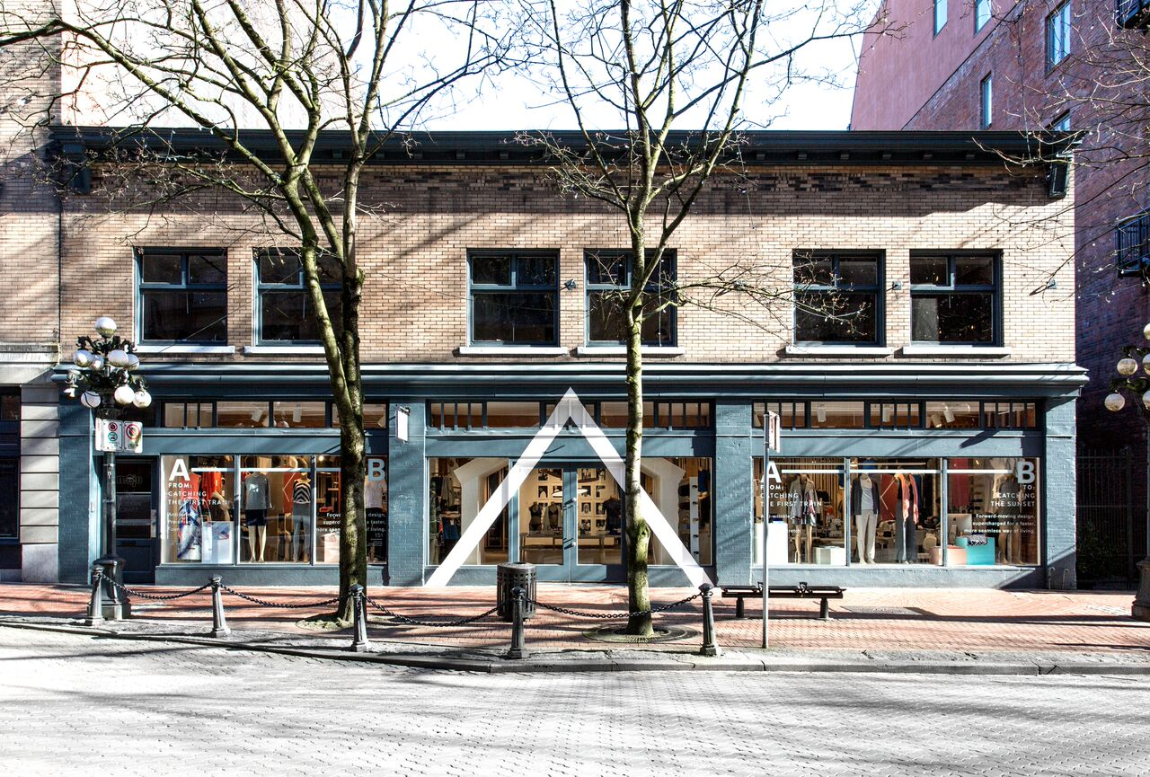 Kit and Ace in Gastown is turning into an outlet store starting January 17