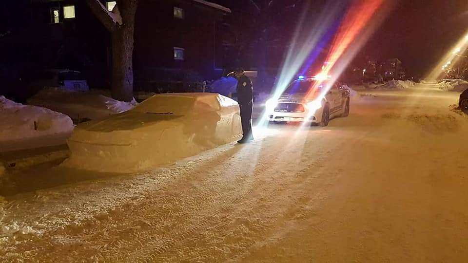 Montreal snow cop car