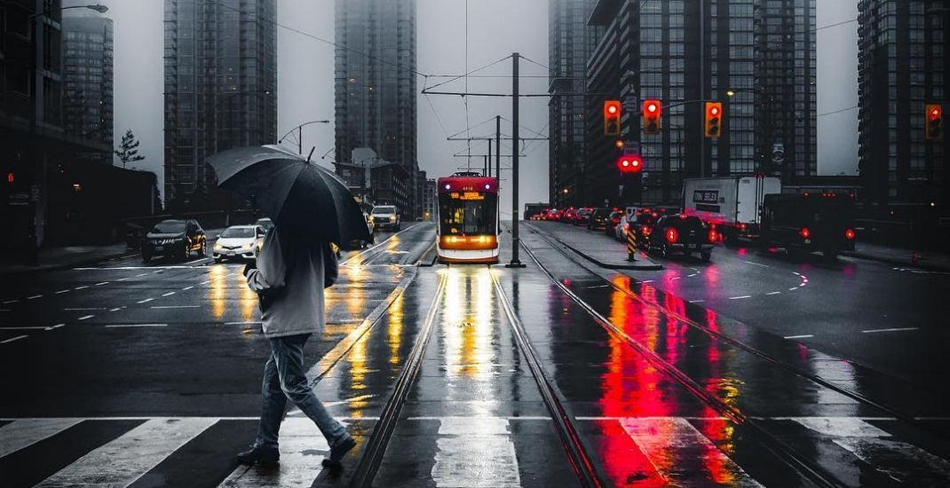 11 dreamy photos of Toronto blanketed by thick fog this morning