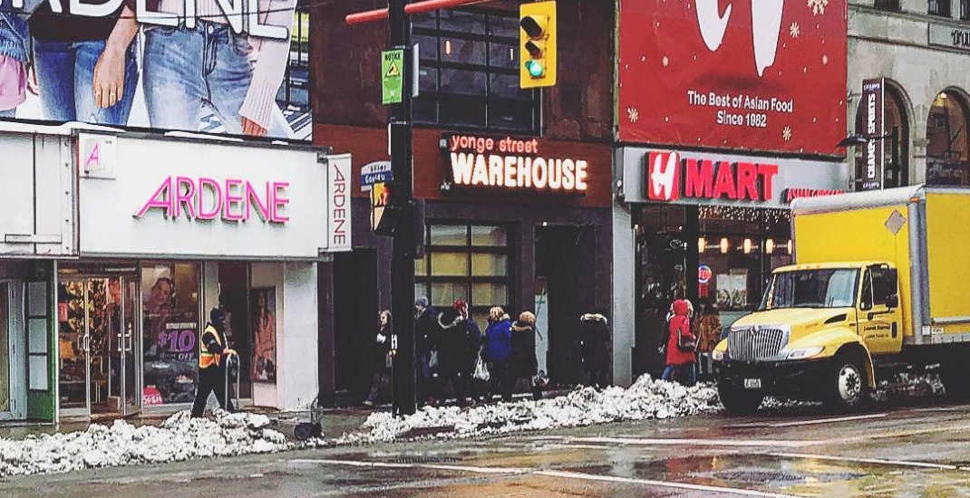Yonge street warehouse opens its doors in toronto next for El furniture warehouse toronto menu