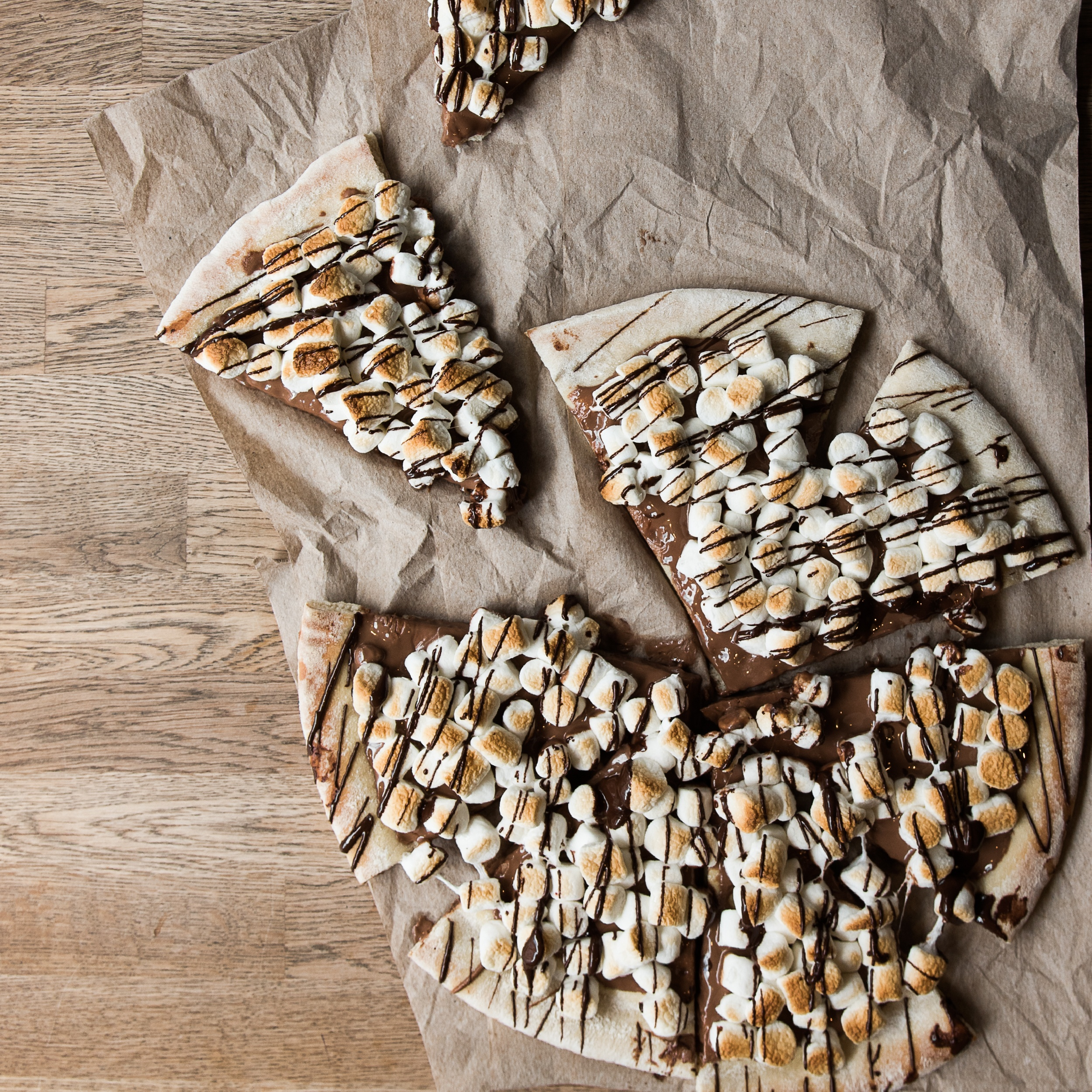 Cacao 70 pizza dessert