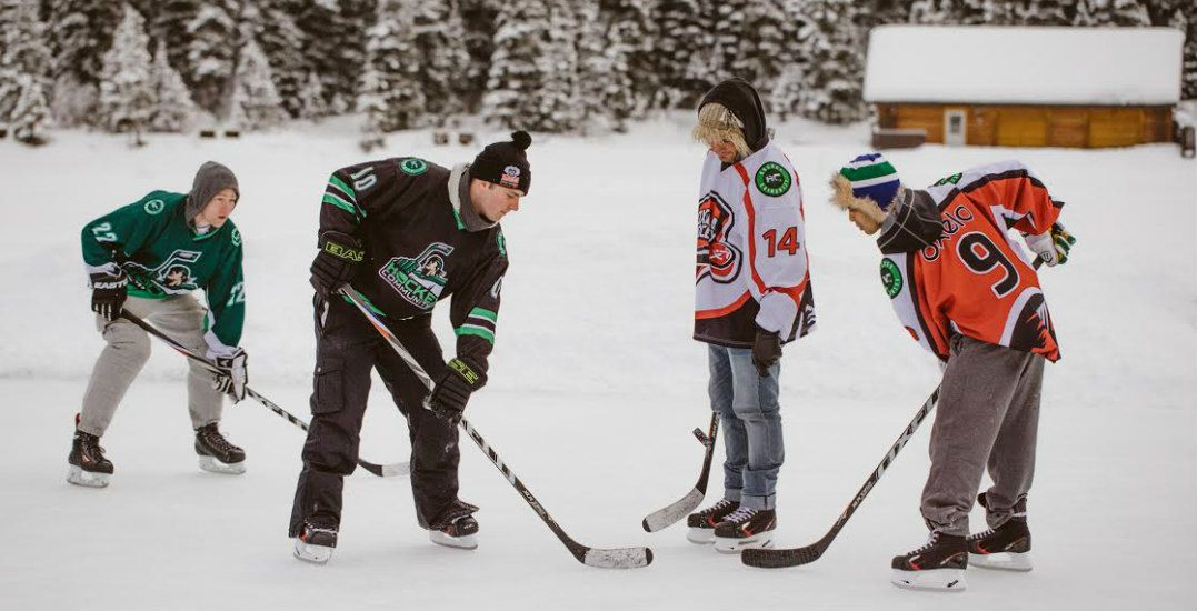 Hockey team in banffhockey community1