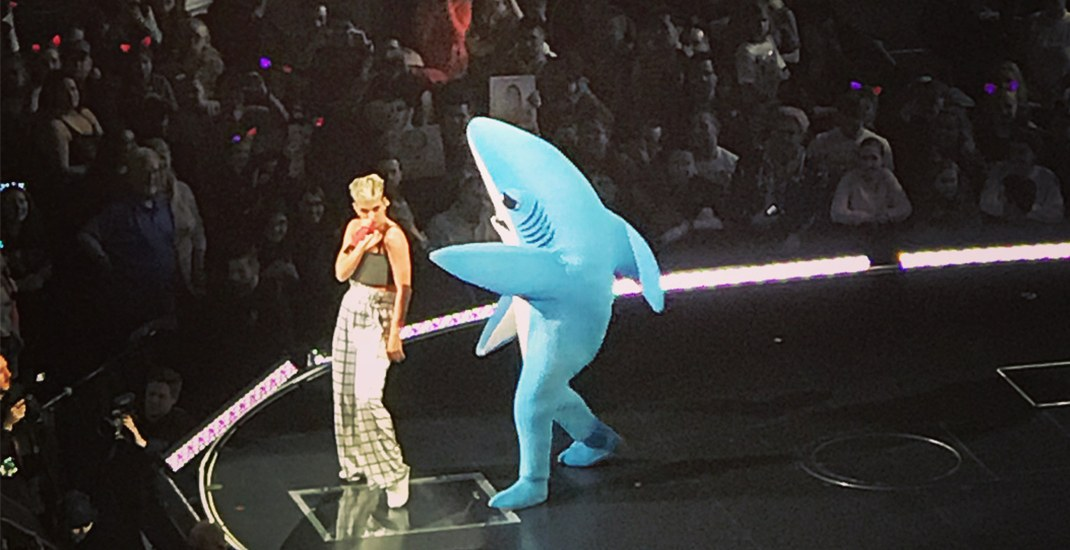 Fireworks in the air as Katy Perry battles with Left Shark in first Vancouver concert (PHOTOS)