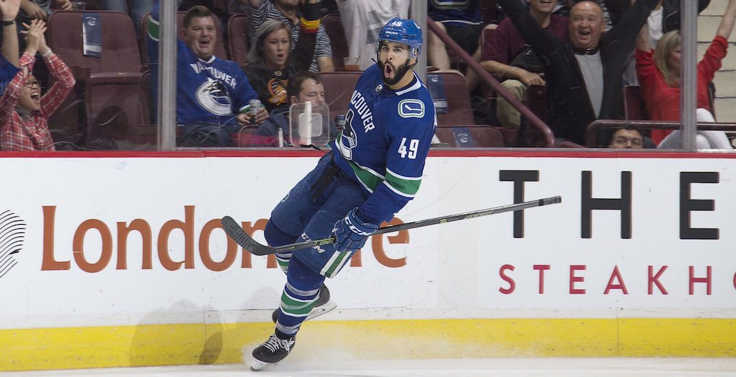 Against all odds, Archibald signs NHL contract with Canucks