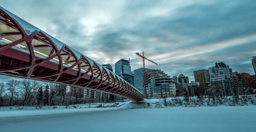 Winter storm covers Calgary in snow with another 15 cm expected today