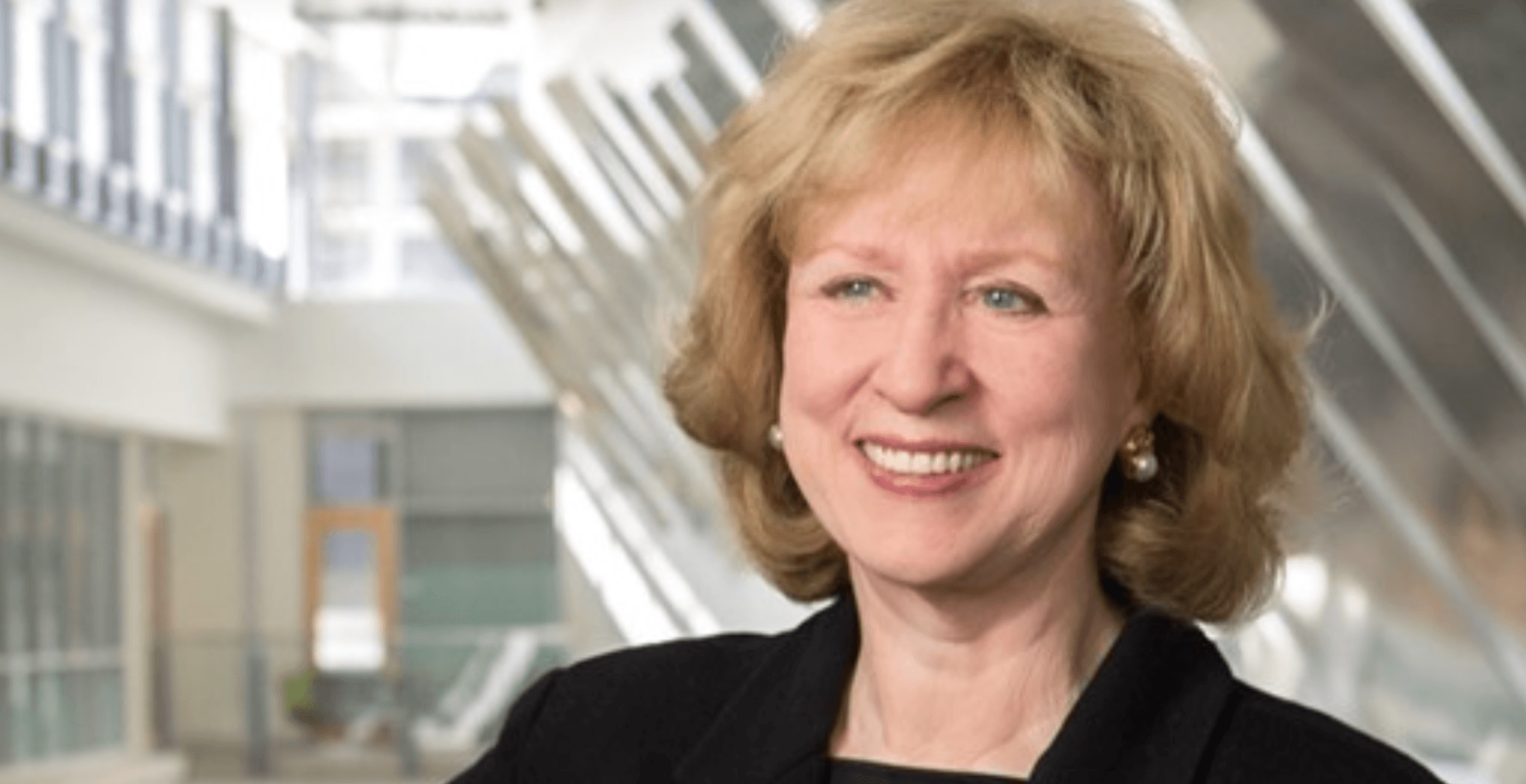 Former Prime Minister Kim Campbell says sleeveless tops 'demeaning' for female TV anchors