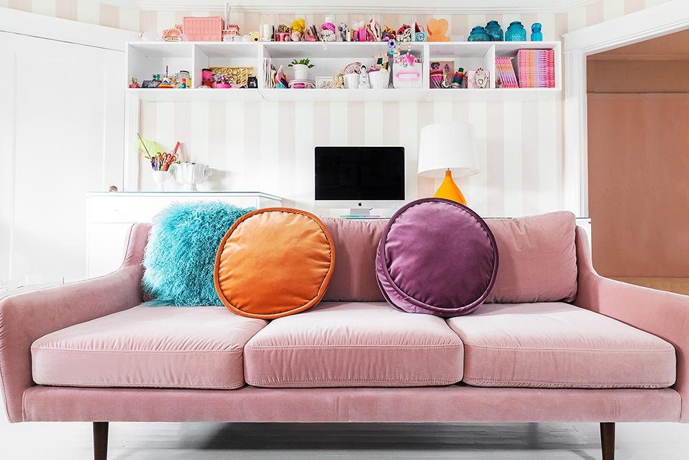 Tiffanypratt home livingroom web1000 5