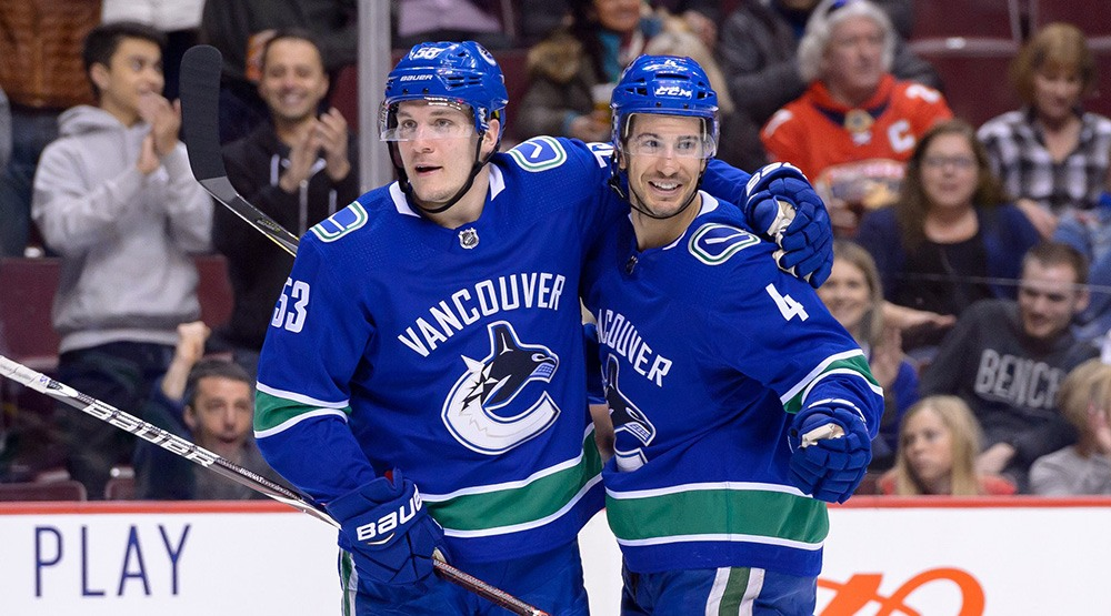 SixPack: Canucks loss overshadowed by Benning's contract extension