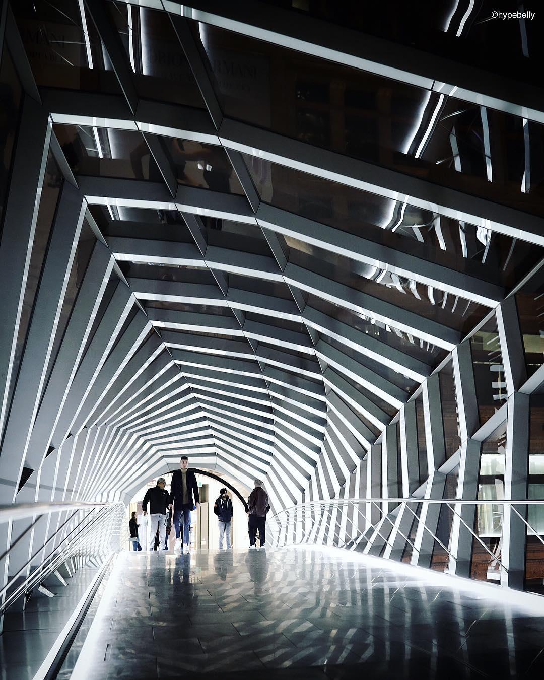 CF Toronto Eaton Centre cftecbridge