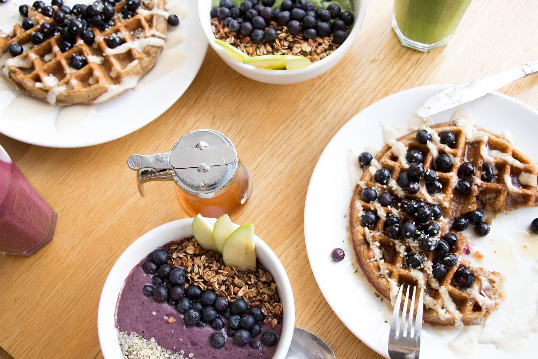 Kupfert & Kim vegan healthy brunch waffles smoothie bowls