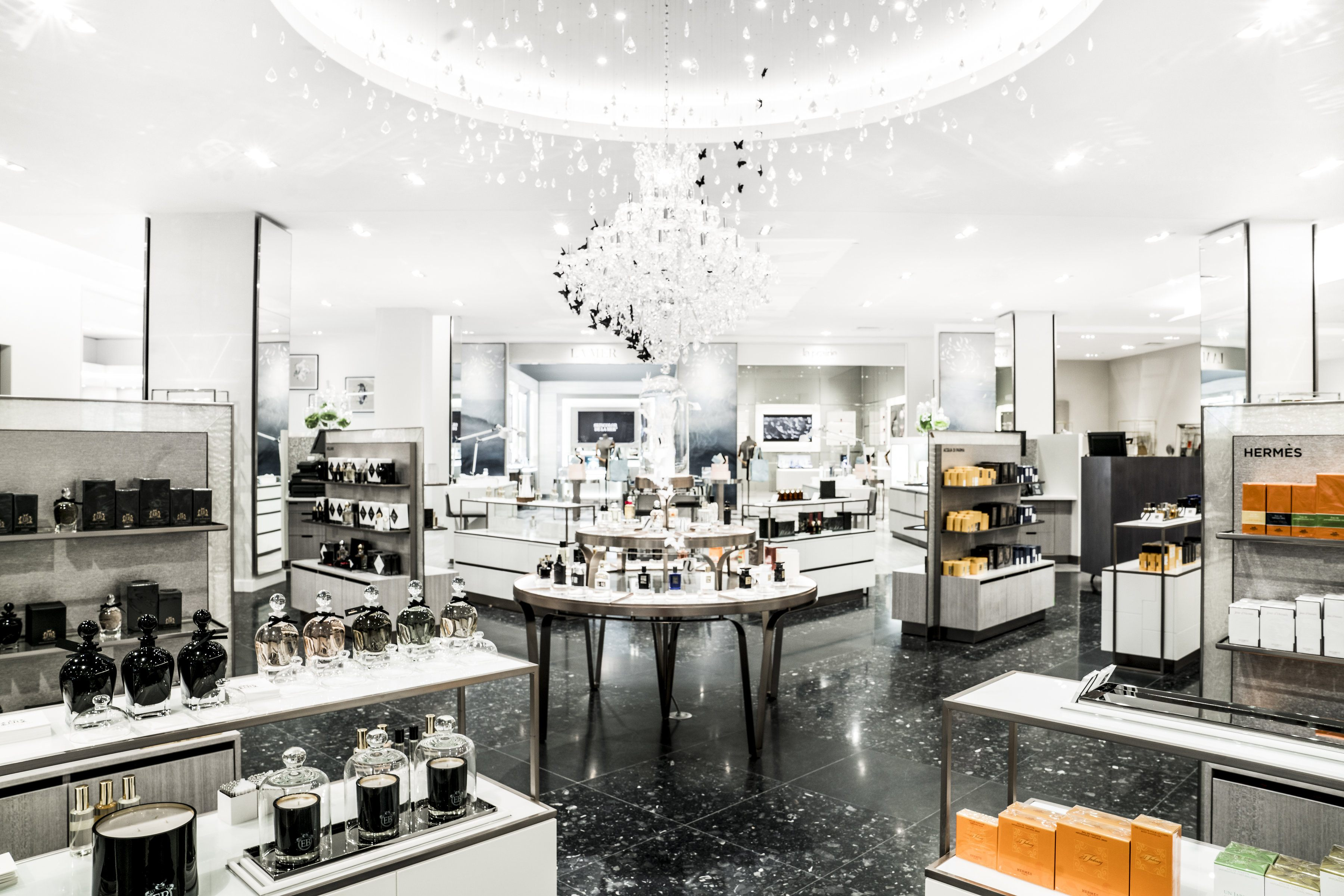 Here 39 s a sneak peek at calgary 39 s soon to open saks fifth for 5th avenue beauty salon