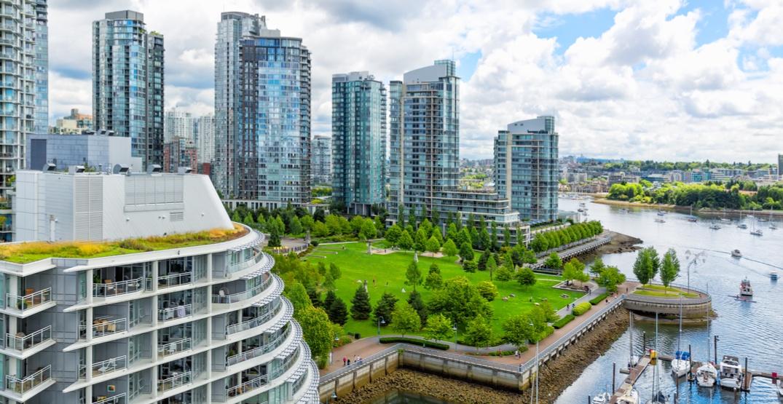 Vancouver skyline37