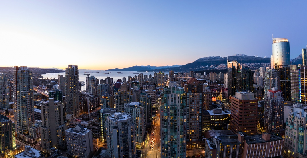The minimum amount you need to live alone in Vancouver in