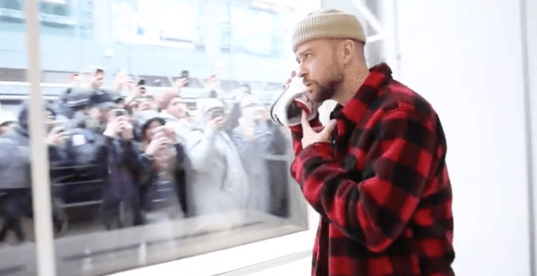 Justin Timberlake creates frenzy by dropping by Jordan Store in Toronto (PHOTOS)