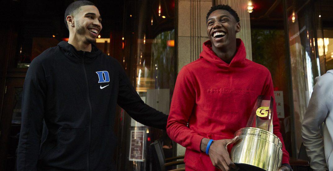 Canadian teenager wins prestigious United States high school basketball award
