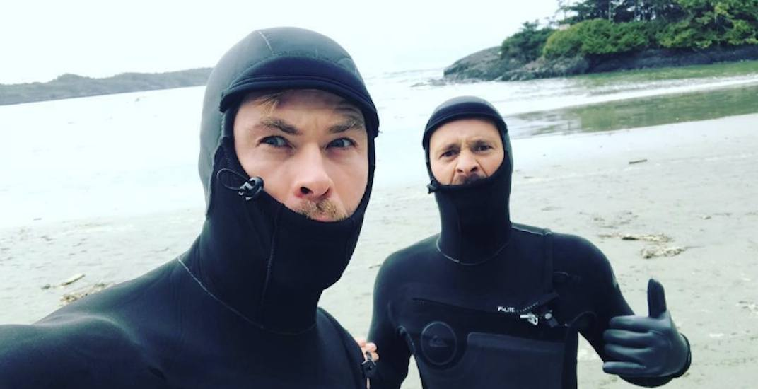 "Chris Hemsworth in Tofino: ""Not sure if we're robbing banks or surfing"" (PHOTOS)"