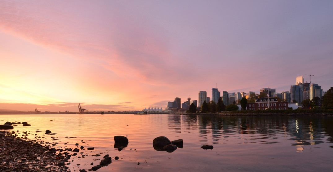 Vancouver had breathtaking sunrises and sunsets for the last weekend of winter (PHOTOS)
