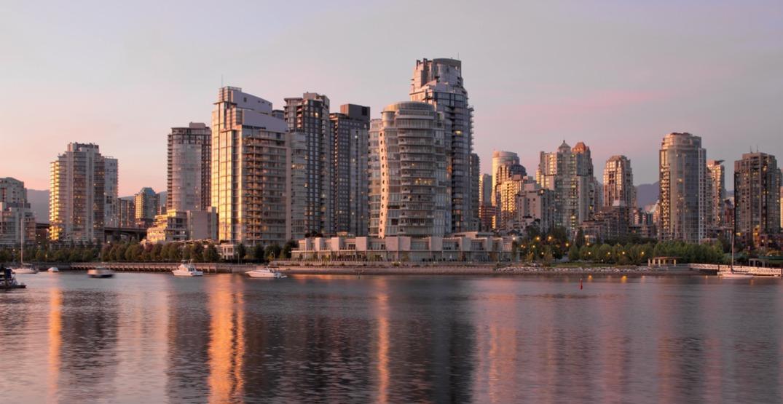Vancouver skyline40