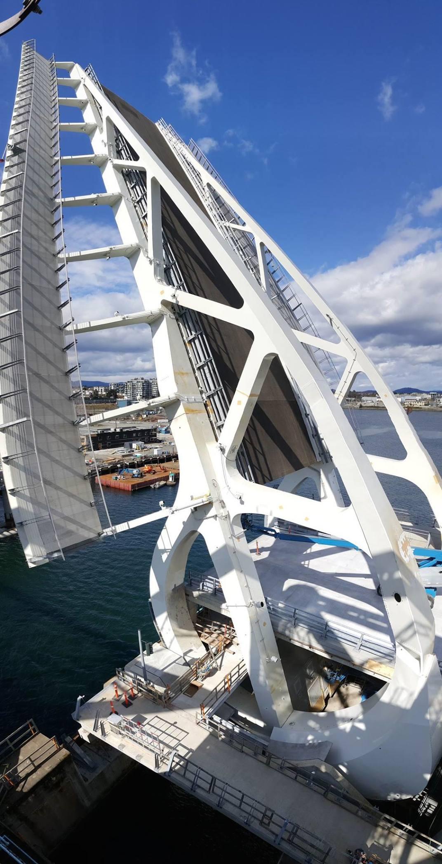 New Landmark Lift Bridge In Victoria Inner Harbour Opens