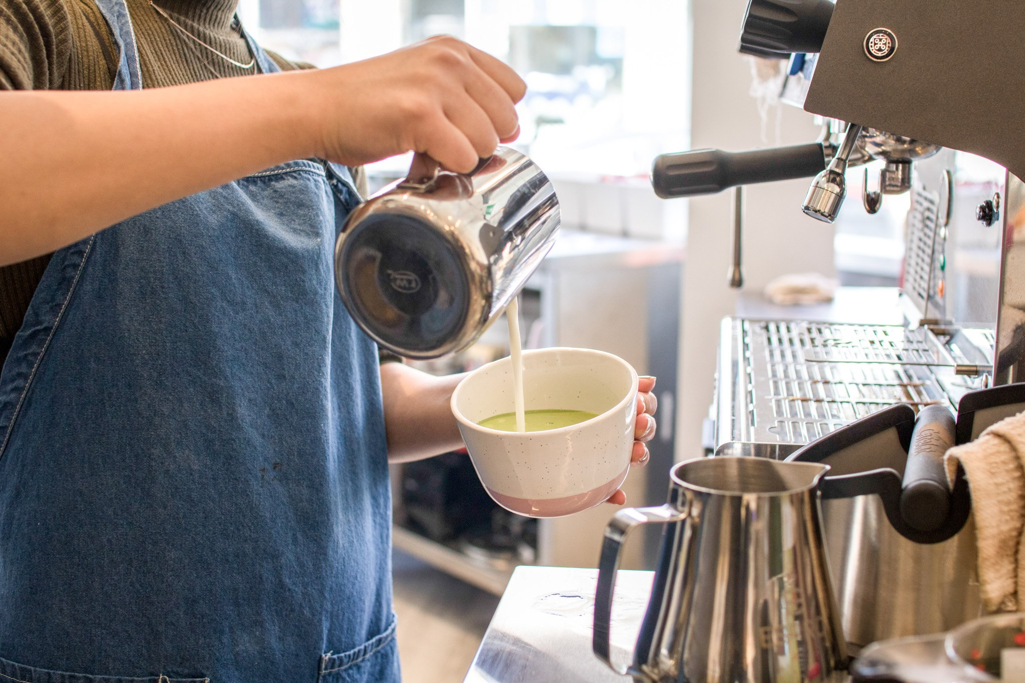 hanabusa cafe japanese souffle pancakes toronto matcha latte