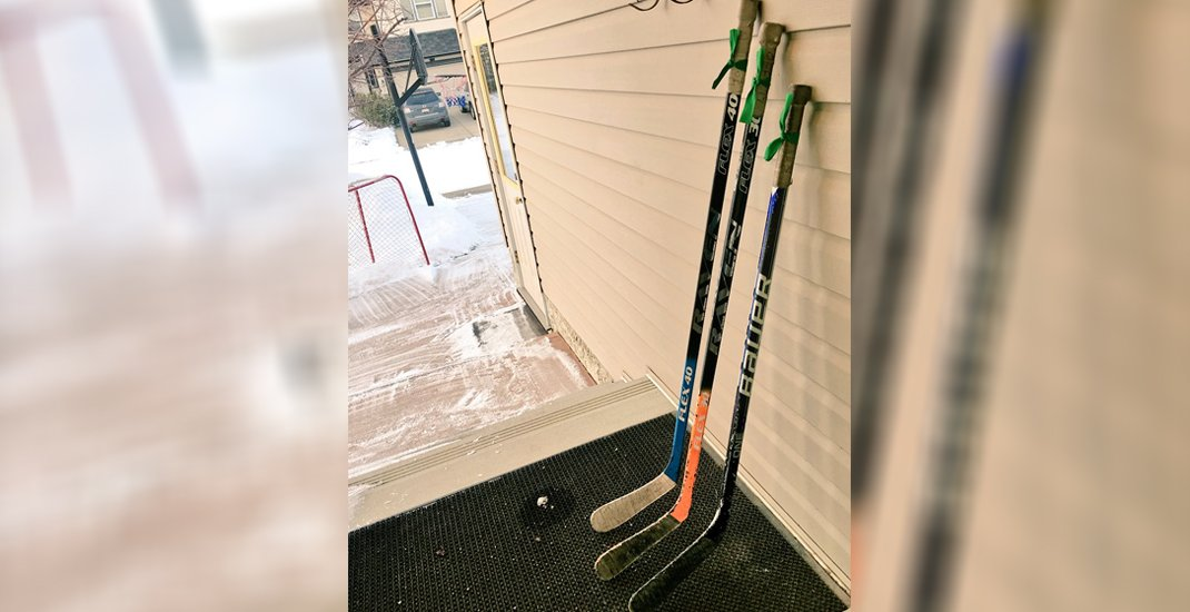 People around the world are leaving their hockey sticks out for Humboldt (PHOTOS)