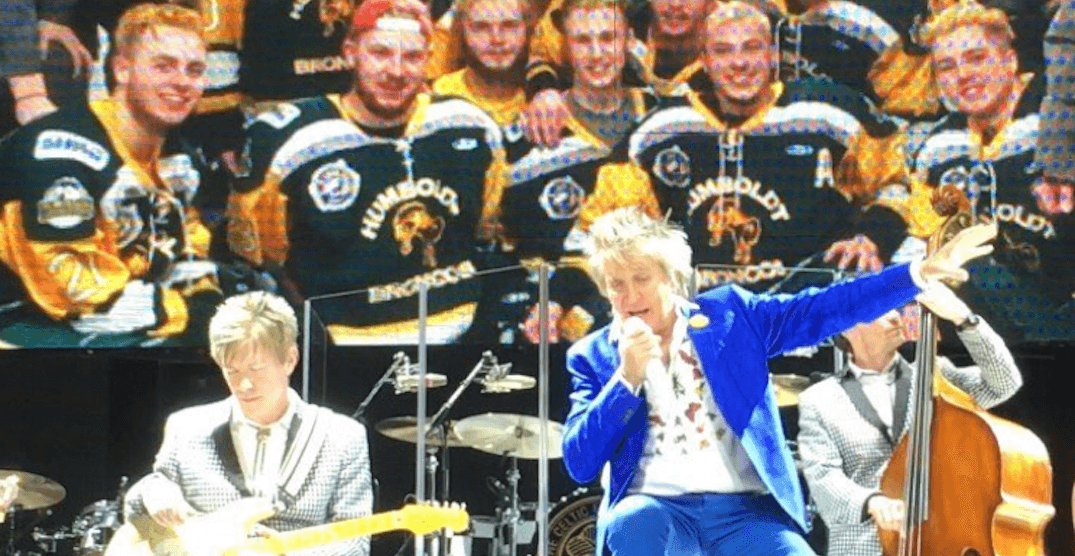 Rod Stewart honoured Humboldt Broncos at Calgary concert