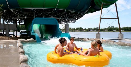 water parks near Montreal