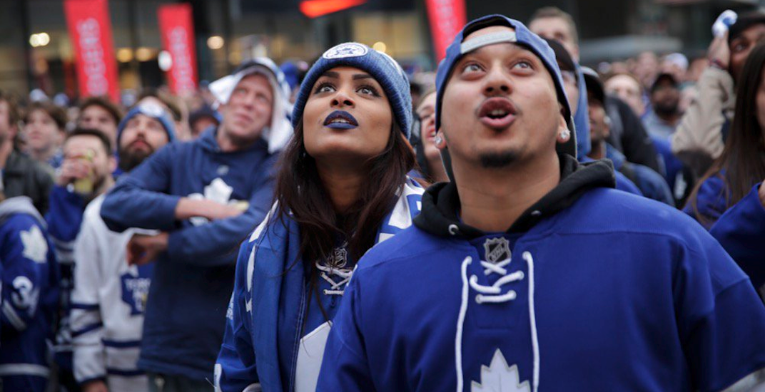 Leafs fans maple leaf square