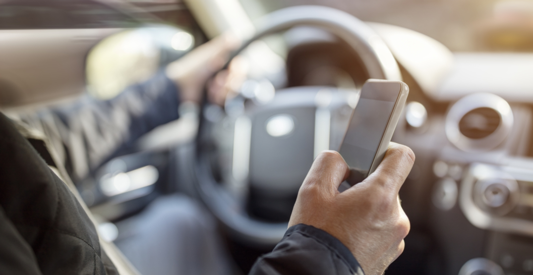 More than 1/3rd of Canadians text or call while behind wheel