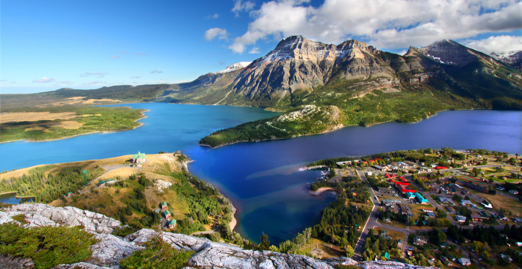 Waterton Lakes National Park under evacuation notice due to wildfires