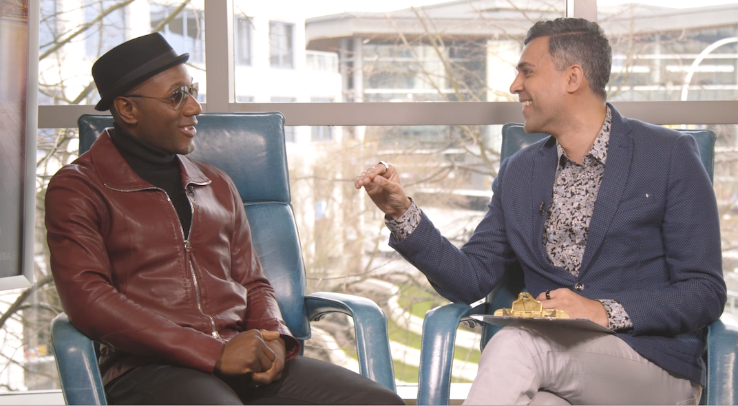 Aloe Blacc uses his music to change how the world sees people of colour (VIDEO, PODCAST)