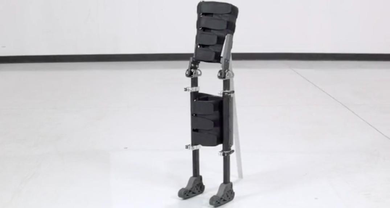 Hands-free crutch created by Calgary man after car crash
