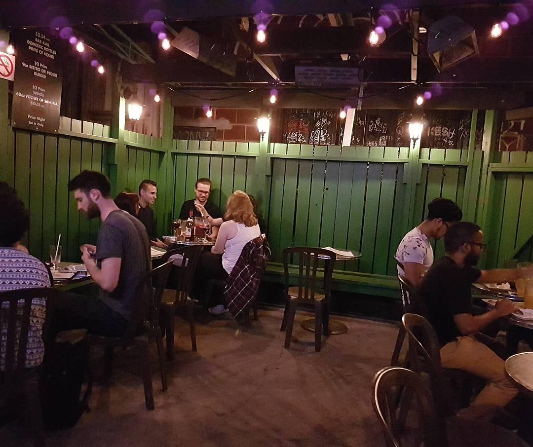 bistro 422 patio