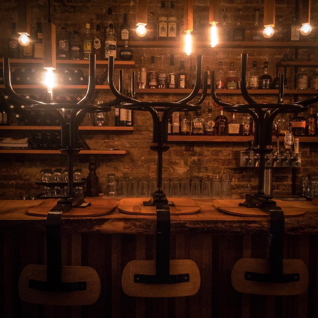 aft kitchen + bar