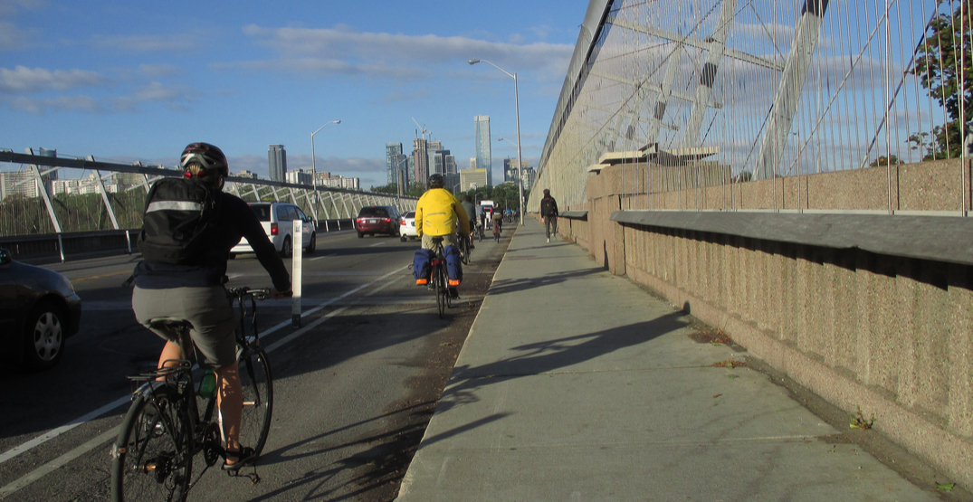 Toronto looking at adding bridge barriers to prevent suicide deaths