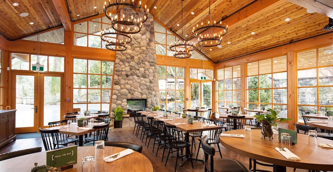 Cliff house restaurant interior 2