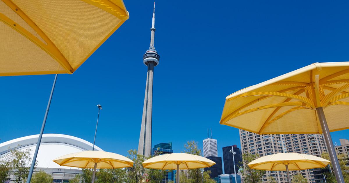 CN tower toronto waterfront market