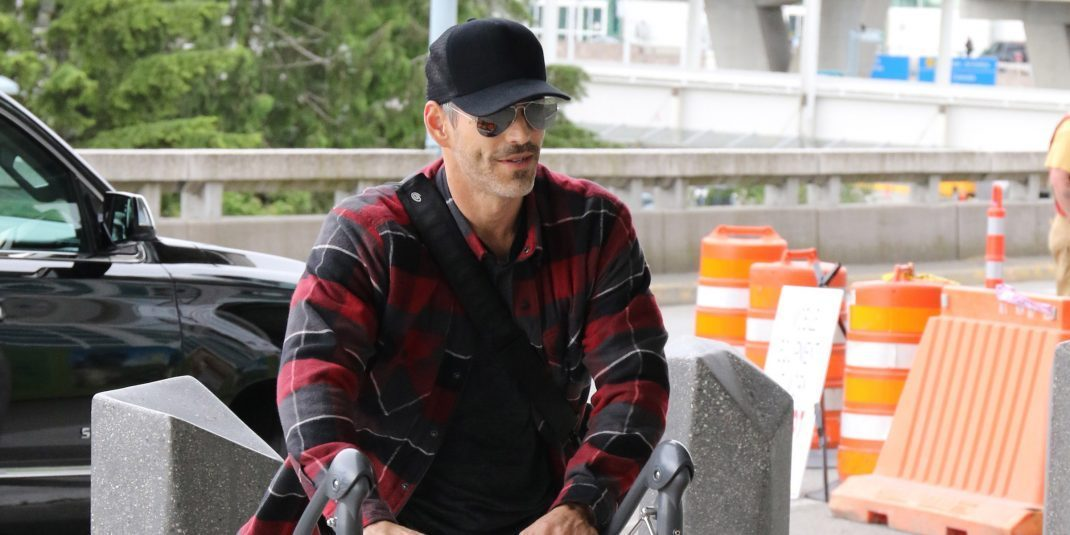 Spotted: Eddie Cibrian flies out of YVR airport