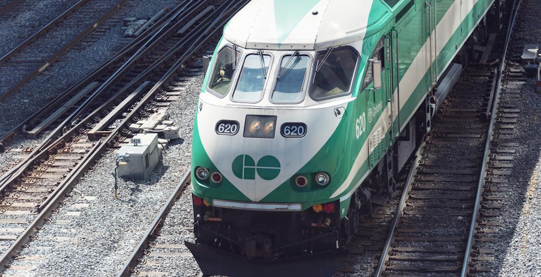 Go train toronto commuter rail